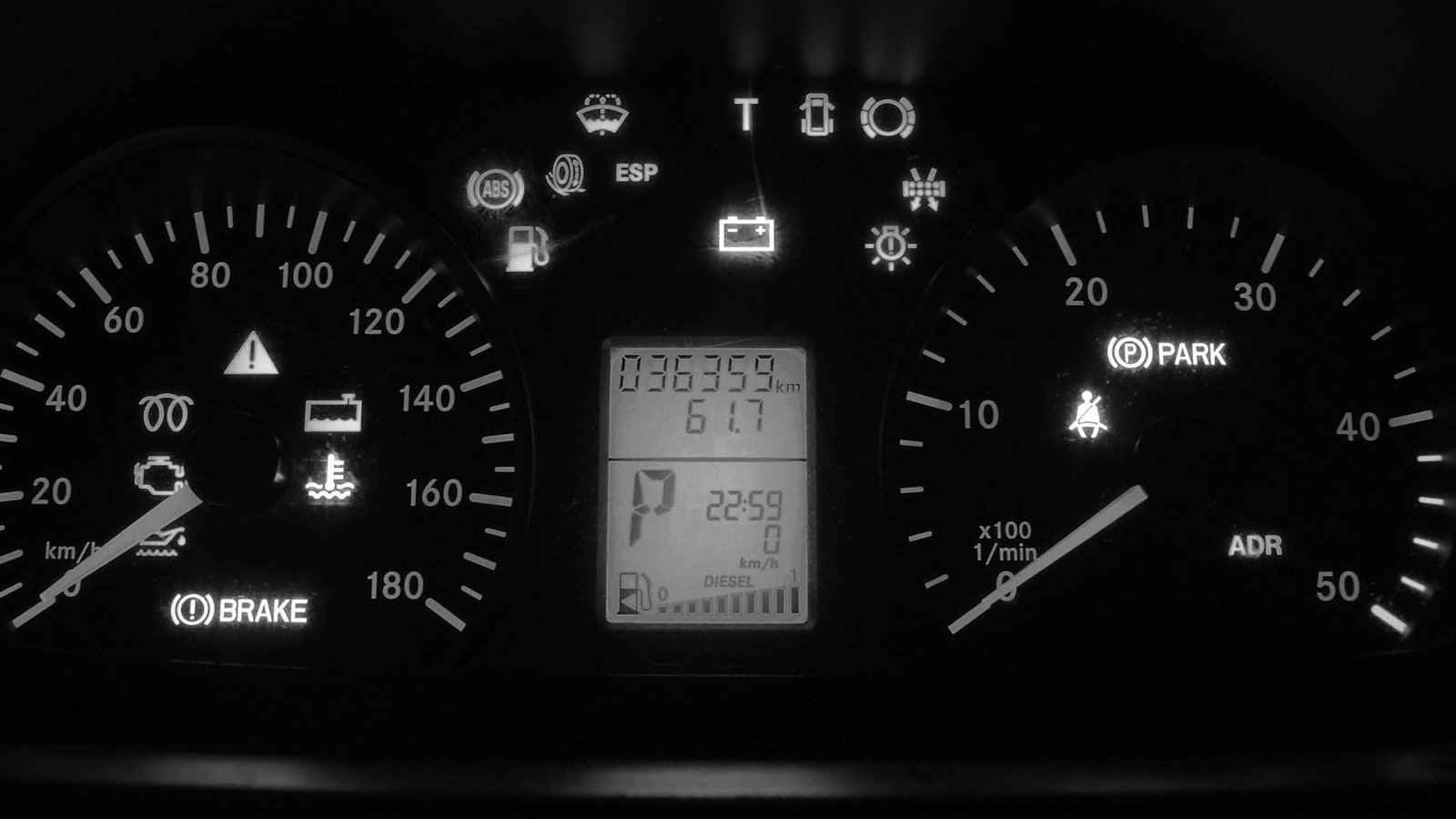 What All Those Dashboard Lights on Your Car Actually Mean