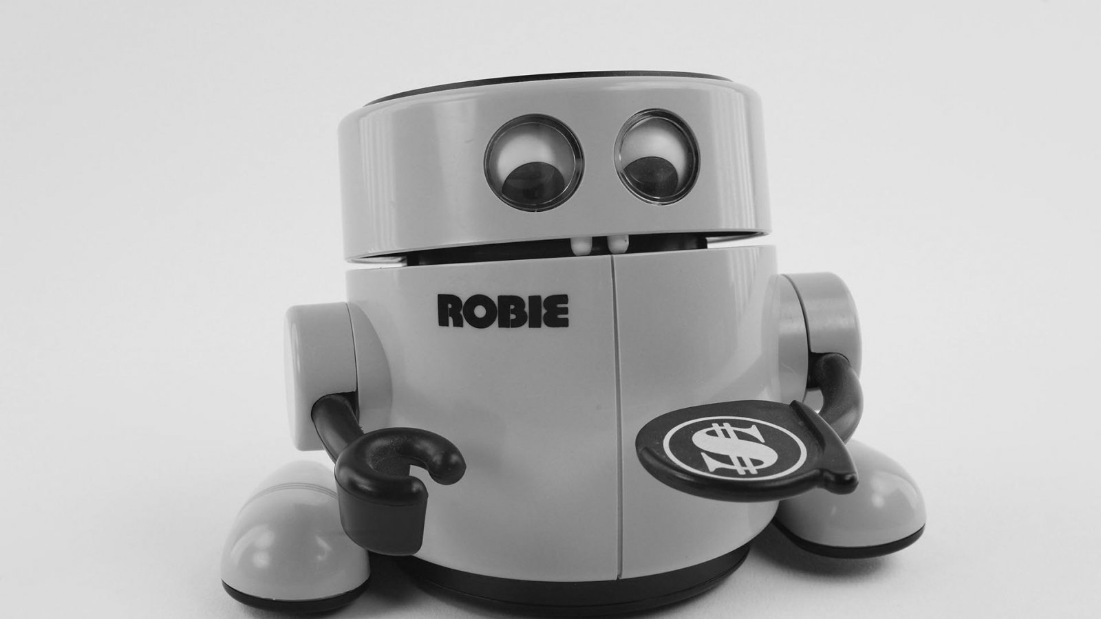 This Robot Bank Incentivized Me to Save Money, and I Tore It Down