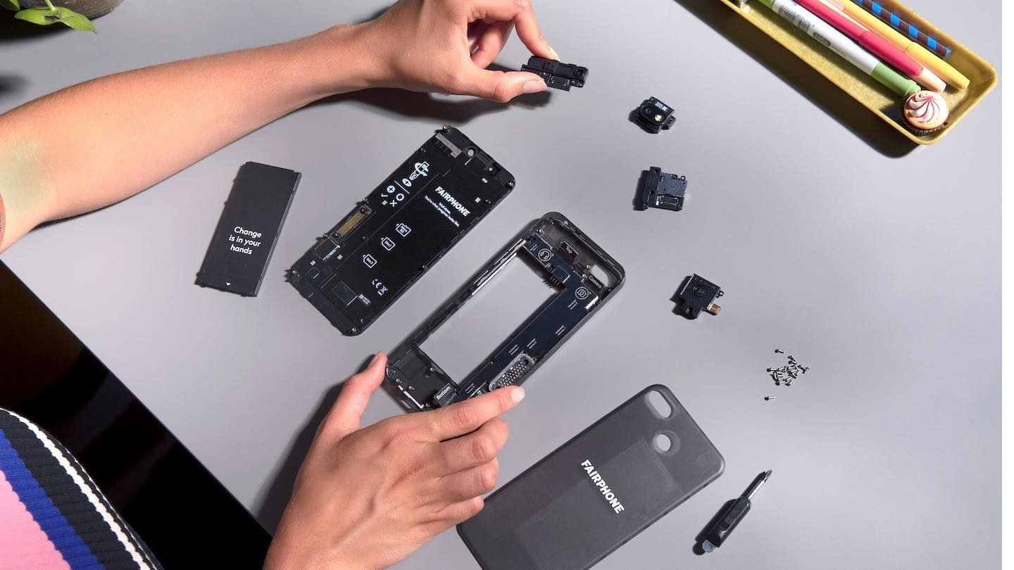 Disassembled Fairphone 3