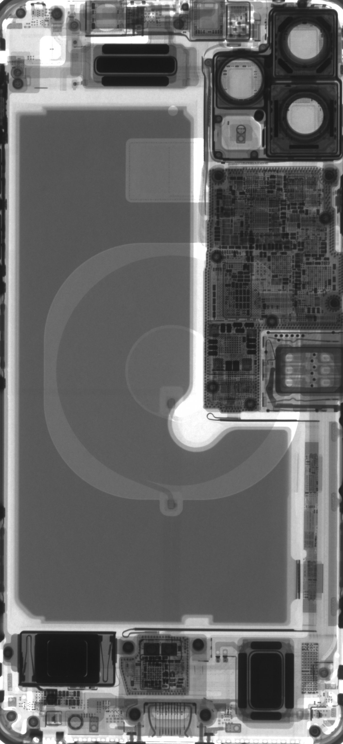 An X-ray of an iPhone 11 Pro Max.