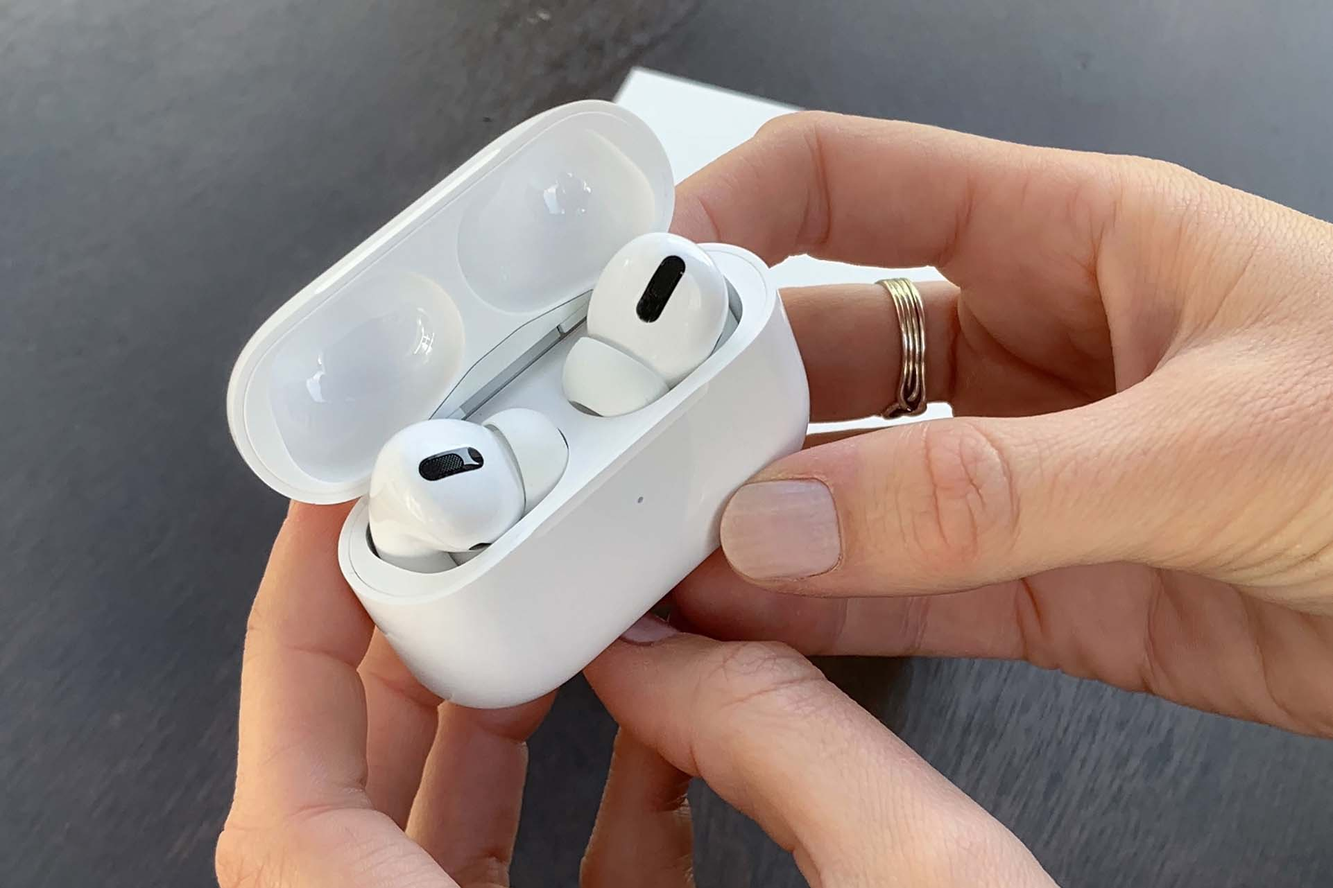The Airpods Pro Could Be Repairable But Apple Doesn T Care Ifixit