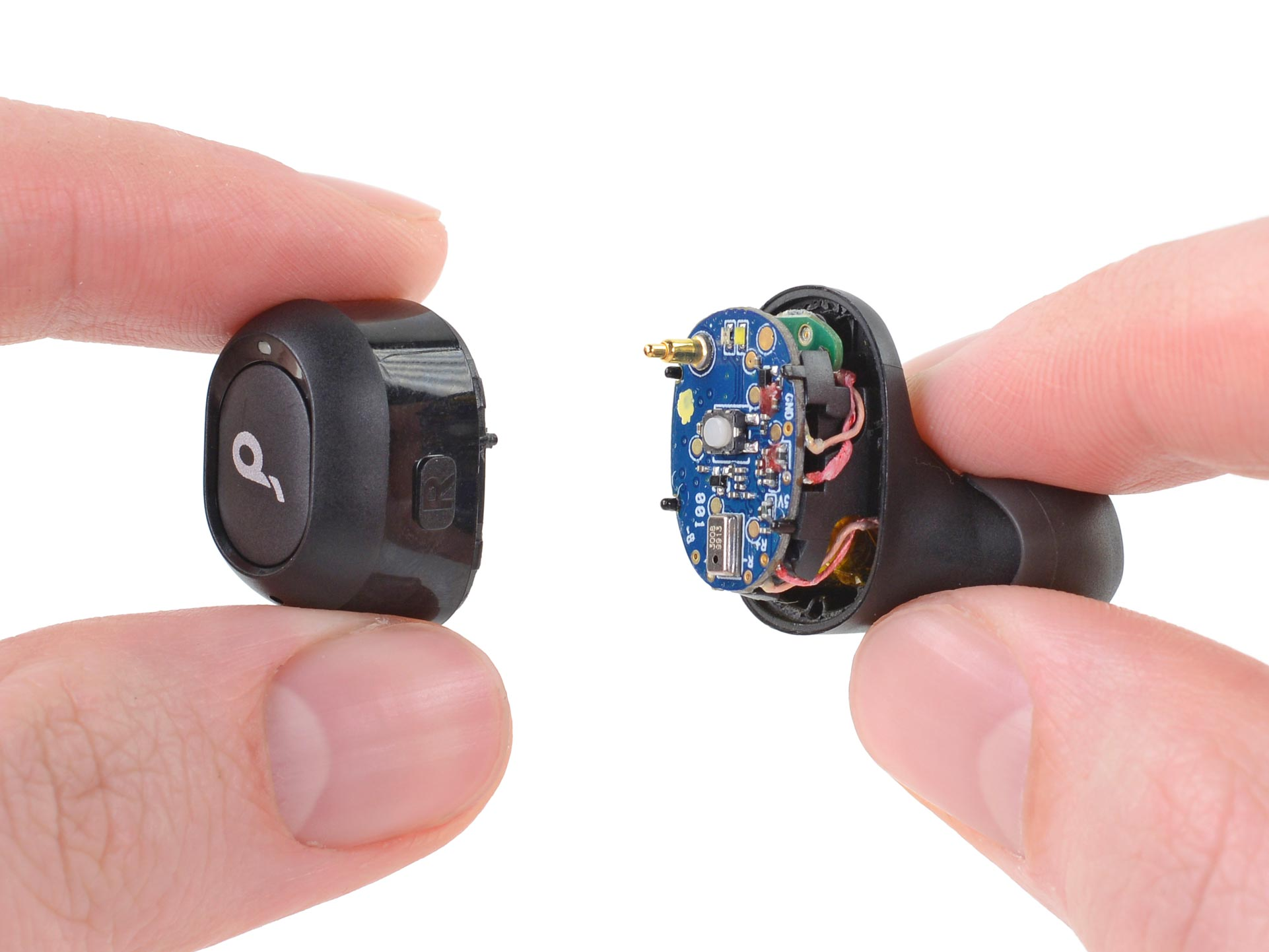 Opening up one of the Anker Liberty Neo Buds