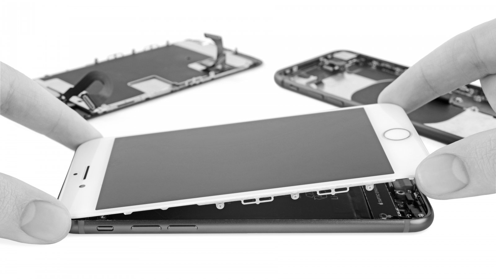 Here Are the Parts You Can Swap Between the New iPhone SE and ...