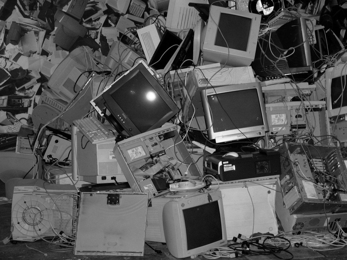 Mach deine Altgeräte nicht zu Elektroschrott. Verkauf sie lieber!